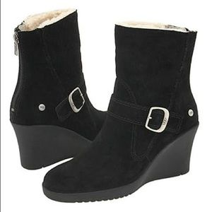 UGG 'Gissella' Black Suede Wedge Boots
